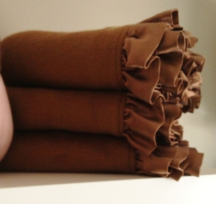 Robbie Adrian Organic Chocolate Ruffle Nursery Blanket (38x38)